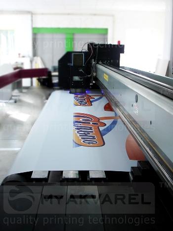 УФ-печать на рулонных материалах